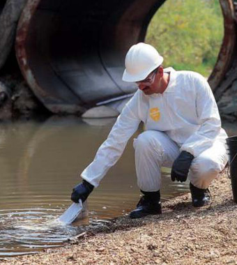 تحقيقات المنشآت واختبارها. تقييم آثار مخلفات مبيدات الآفات والأسمدة والملوثات الكيميائية. معالجة الموقع.